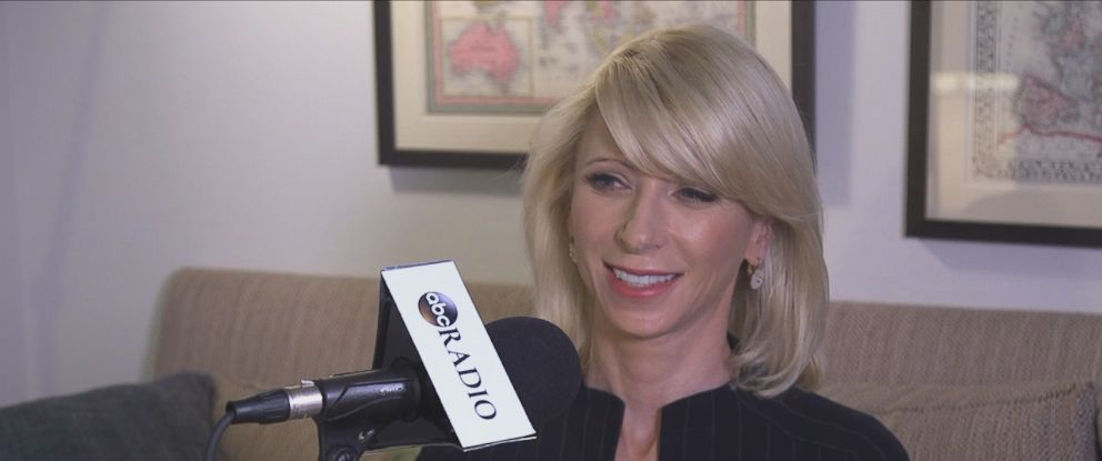 """Amy Cuddy sat down with ABC News Dan Harris for his livestream podcast show, """"10% Happier with Dan Harris."""""""