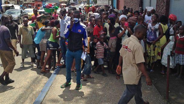 http://a.abcnews.com/images/Health/abc_ebola_crowd_jc_141002_16x9_608.jpg