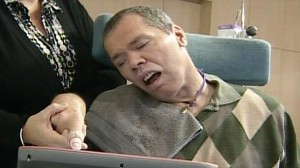 VIDEO: Paralyzed man thought to be in coma for 23 years