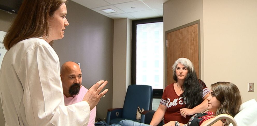 PHOTO: Dr. Jayme Locke, director of the Incompatible Kidney Transplant Program at the University of Alabama at Birmingham Medical Center, talks with the Pickel family about transplant options.
