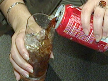 VIDEO: Study of soda drinkers in Singapore suggests they have a greater risk of cancer.