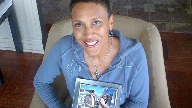 PHOTO: Robin Roberts posted a picture on her Facebook Page with a framed image of her and her mother, during her battle with MDS disease, Sept. 10, 2012.