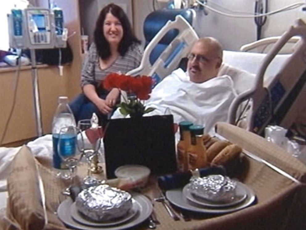 PHOTO: A group of oncology nurses has been playing cupid, putting together surprise romantic dinners for patients in their hospital rooms to help them forget their cancer for a moment.