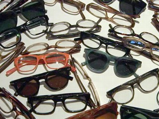 Eyewear Designer Gives Sight to World's Poor