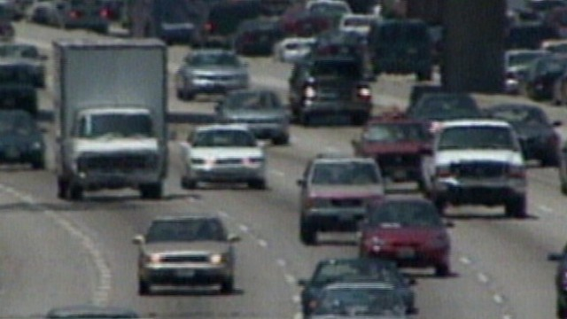 VIDEO: Divorce more likely if one partner's commute is longer than 45 minutes.