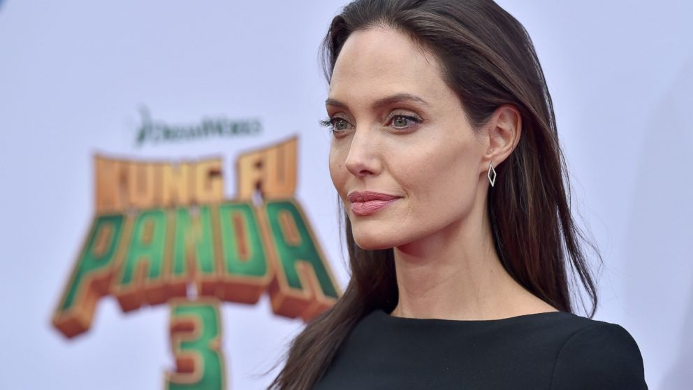 Angelina Jolie's new diagnosis: What to know about Bell's palsy