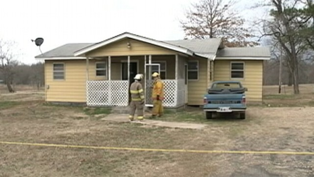 VIDEO: Oklahoma police found 65-year-old Danny Vanzandt fatally burned in his kitchen.