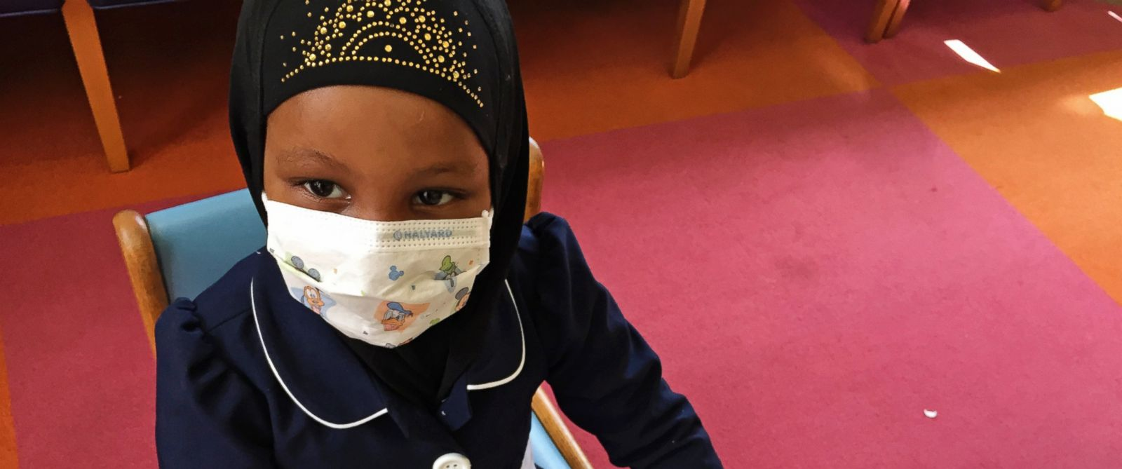 PHOTO: Amira Hassan, of Burnsville, Minn., plays in the waiting room at the specialty clinic at Childrens Minnesota in Minneapolis, May 2, 2017.