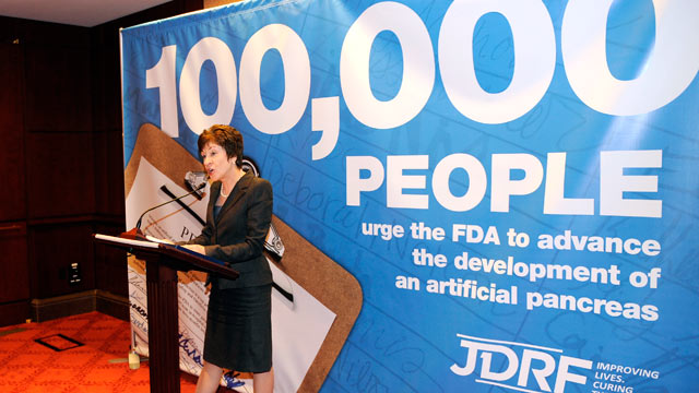 PHOTO: Sen. Susan Colllins, (R-ME), co-chair Senate Diabetes Caucus speaks at a press conference, Nov. 2, 2011, in Washington, D.C to urge the FDA to issue clear and reasonable guidance on the artificial pancreas.