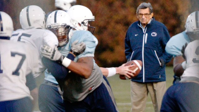 PHOTO: Penn State coach Joe Paterno watches his football team practice, Nov. 9, 2011, in State College, Pa.