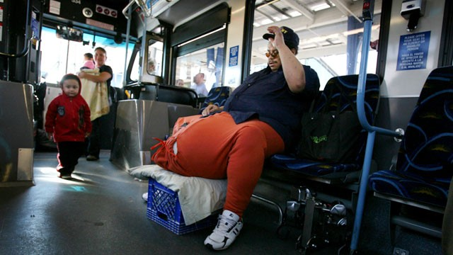Man Has Surgery for 134-Pound Scrotum - ABC News