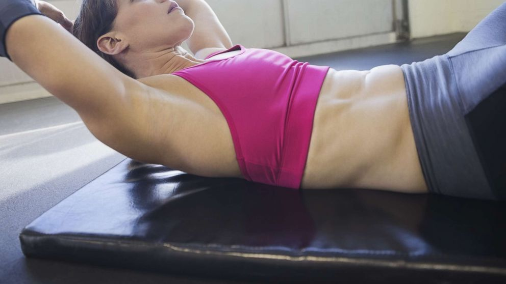 Workout moves to help moms flatten the stomach post-pregnancy