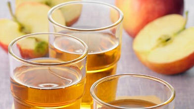 PHOTO: Additional FDA testing on apple juice samples found low levels of arsenic in the juice.