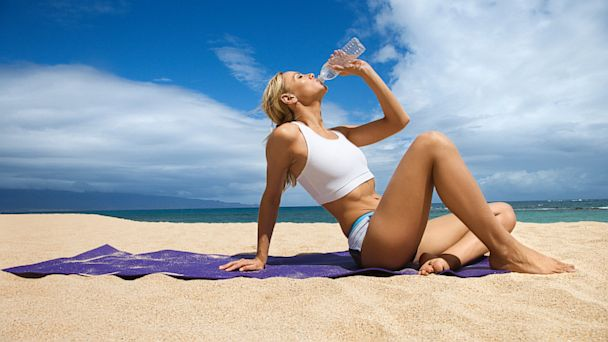 PHOTO: Here are eight ways to avoid beach bloat.