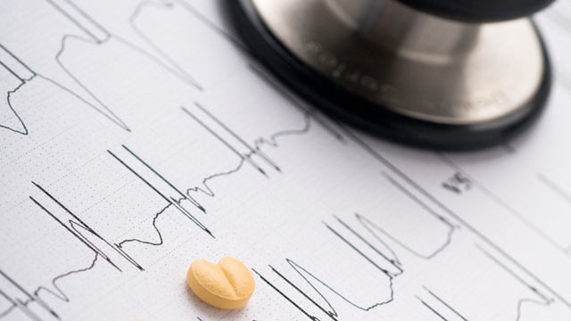 PHOTO: New research suggests that beta-blocker pills don't prevent heart attacks, strokes or death in patients with heart disease.