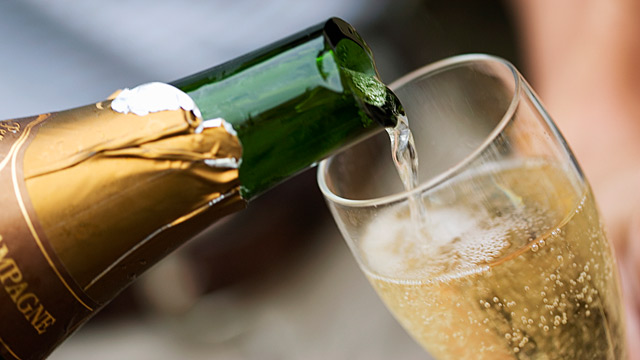 PHOTO: Champagne