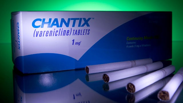 PHOTO: Psychological side effects linked to Chantix make it too dangerous to use as a first-line treatment for smoking, study says.