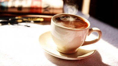 PHOTO: A new study finds that coffee drinkers are at lower risk of death from a myriad of health problems when compared to non-coffee drinkers.