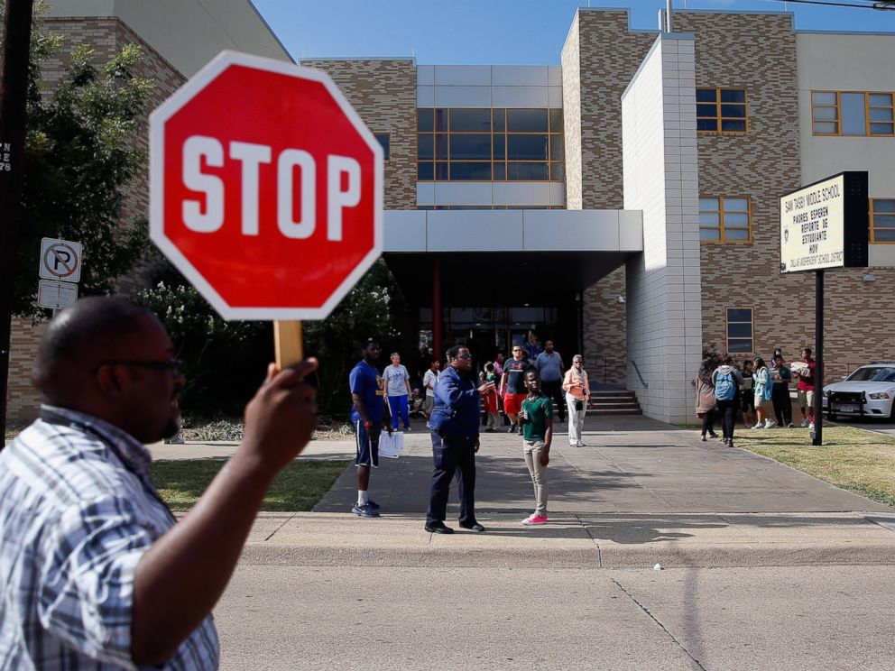 PHOTO: Students are dismissed from Sam Tasby Middle School on Oct. 1, 2014 in Dallas, Texas.