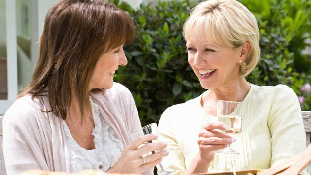 PHOTO: Two studies found that moderate drinking is linked to lower risk for rheumatoid arthritis and osteoporosis.&quot;