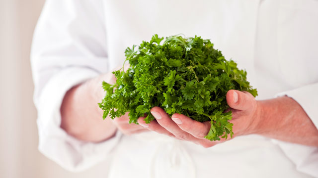 PHOTO: Parsley is a super food disguised as a garnish.