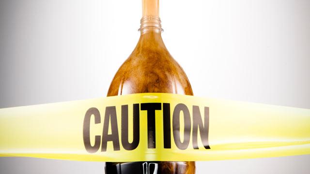 PHOTO: Marketing strategies make soda companies a formidable foe, study says.