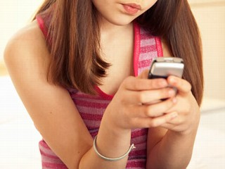 Sexting Linked to Sex in Teens