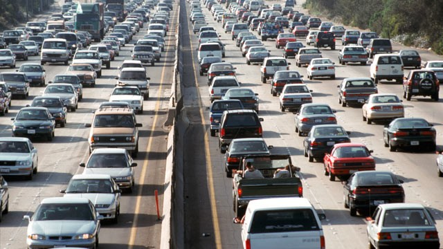PHOTO: Traffic noise may bump up heart attack risk, but other factors likely at play