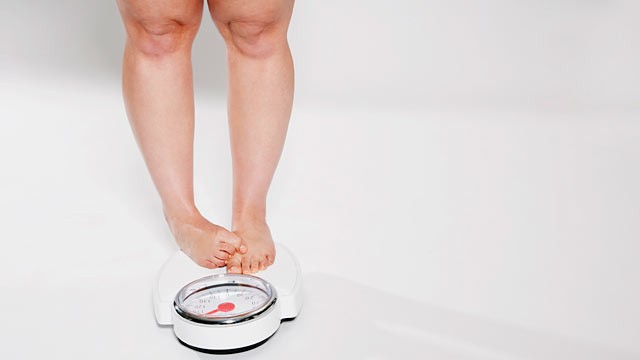 PHOTO: A new study shows that hunger-inducing hormones make long-term weight loss difficult.