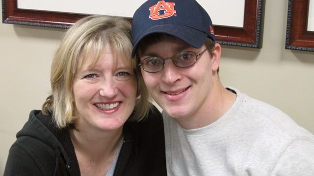 PHOTO: Allison Batson and Clay Skelly