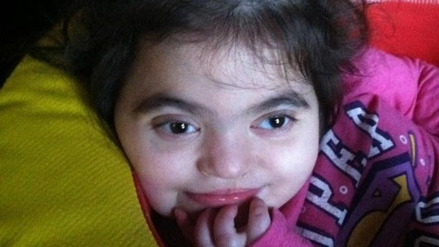 PHOTO: Amelia &quot;Mia&quot; Rivera needs a kidney transplant to live, but according to her mother, Children?s Hospital of Philadelphia has not recommended she be eligible.