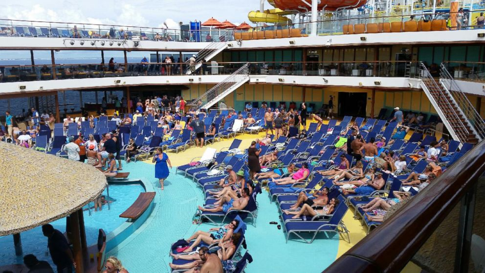 Hospital Worker Who Handled Ebola Samples Is On Cruise Ship Abc News