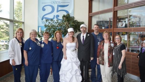 ht couple married at hospital sr 140501 16x9 608 Couple Weds in Hospital After Grooms Cancer Diagnosis