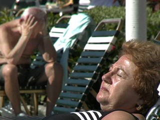 Seniors Find Sun, Sin and Sorrow in Florida