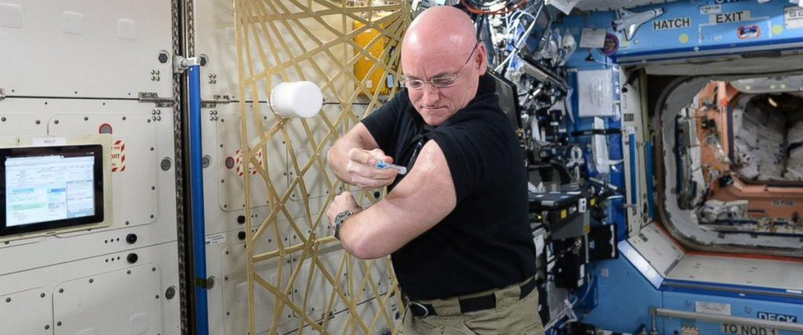 Flu Shots Go Zero-Gravity for NASA Research - ABC News