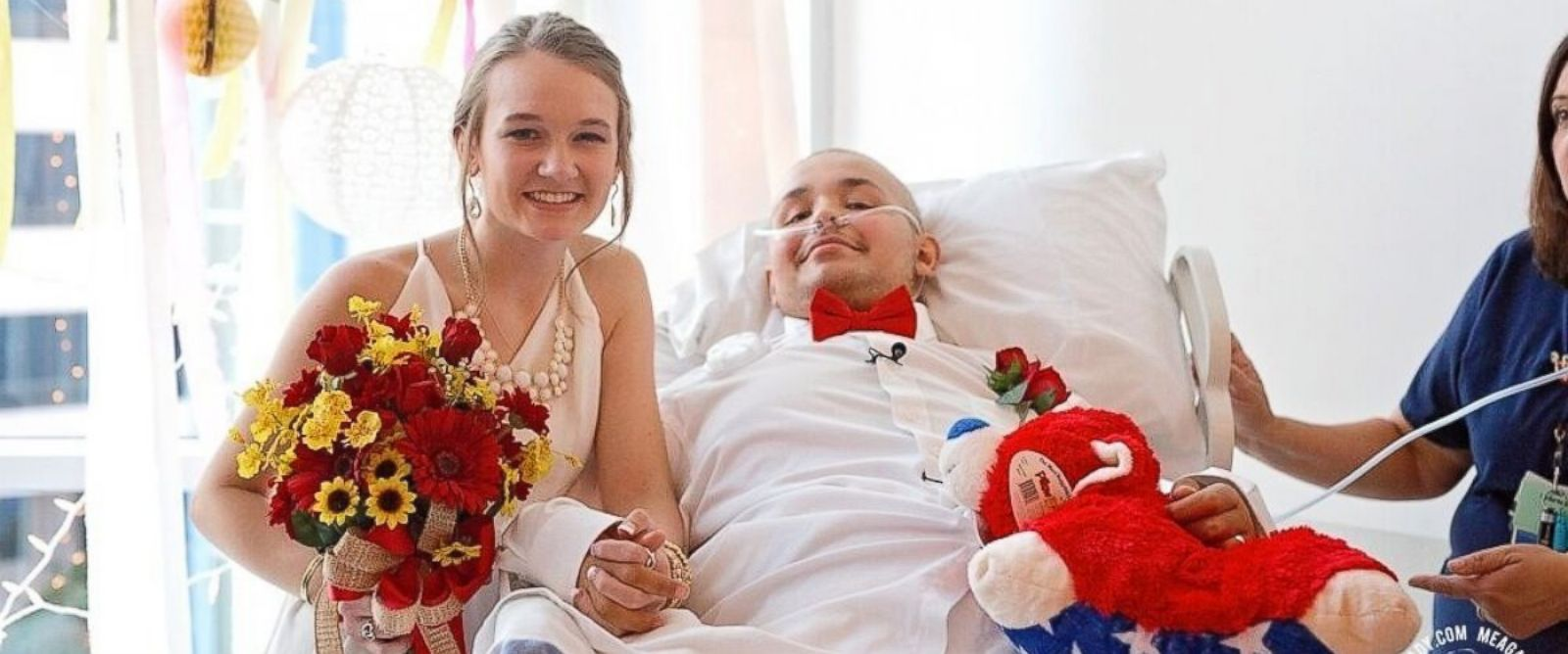 VIDEO: Teen girl marries her dying boyfriend in the hospital