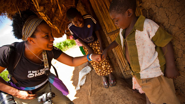 PHOTO:Karen Walrond in Kenya, July 2011