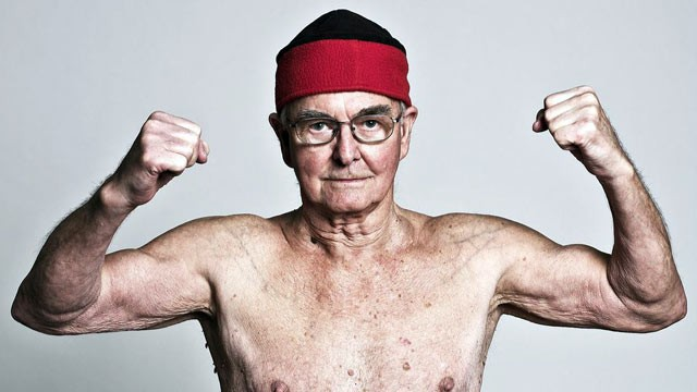 PHOTO: Les DArcy is 89, one of eight competitors vying to win at the 2012 World Table Tennis Champions in China.