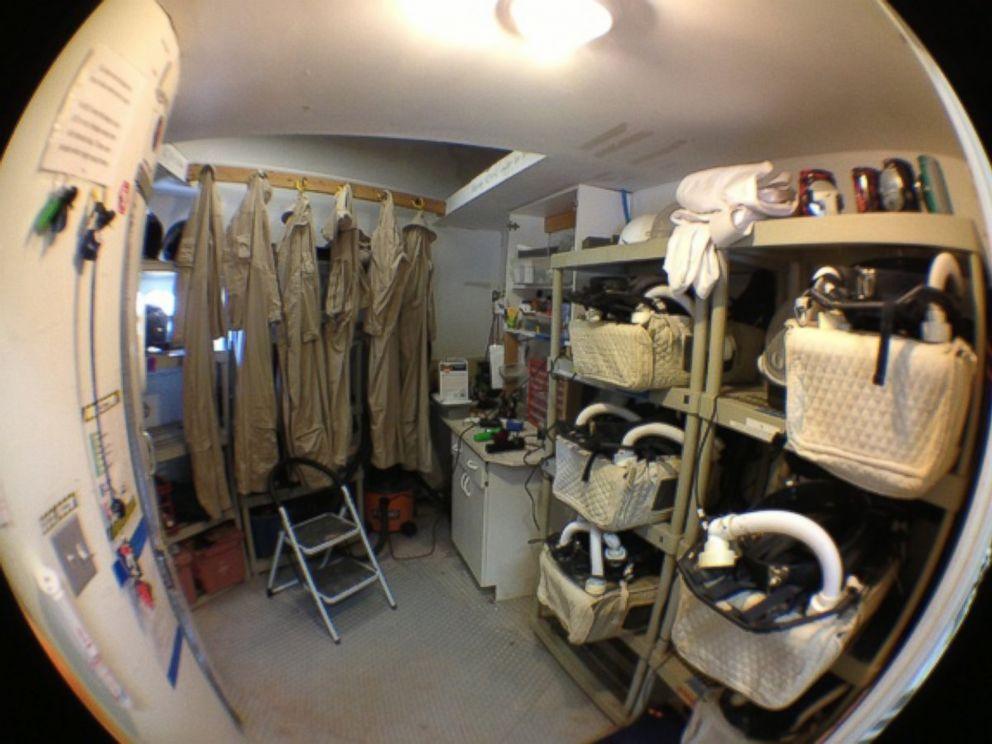 mars mission crew quarters - photo #4