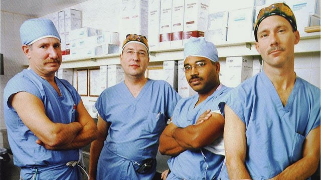"PHOTO: Dr. Lewis Teperman (left), with other transplant surgeons at New York Universitys Langone Medical Center, says those with acute alcoholic hepatitis should get a ""second chance."""