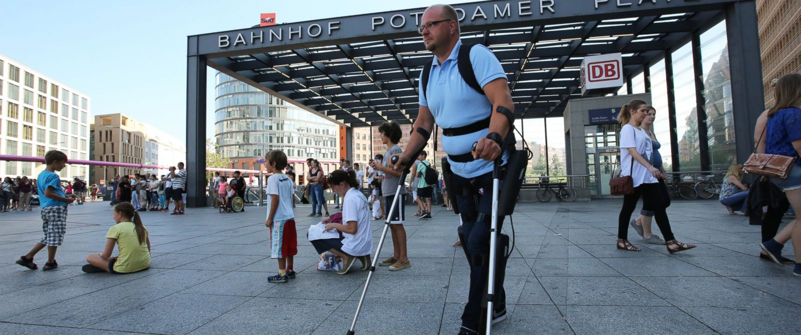 PHOTO: The FDA approved wearable robot ReWalk for home use to help paraplegics walk.