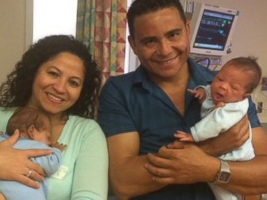Twins Born 24 Days Apart Go Home