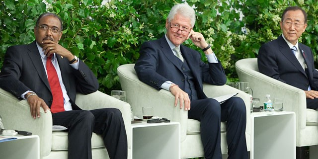 PHOTO: Michel Sidibe, UNAIDS Executive Director, President Bill Clinton, and Ban Ki-moon, Secretary-General of the UN attend the launch of the Global Plan