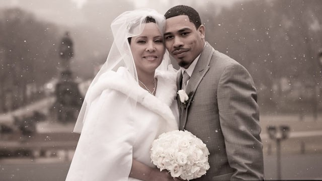 PHOTO: Melinda Muniz, a Philadelphia social worker with leukemia, got a second chance at life -- and wedding photos.