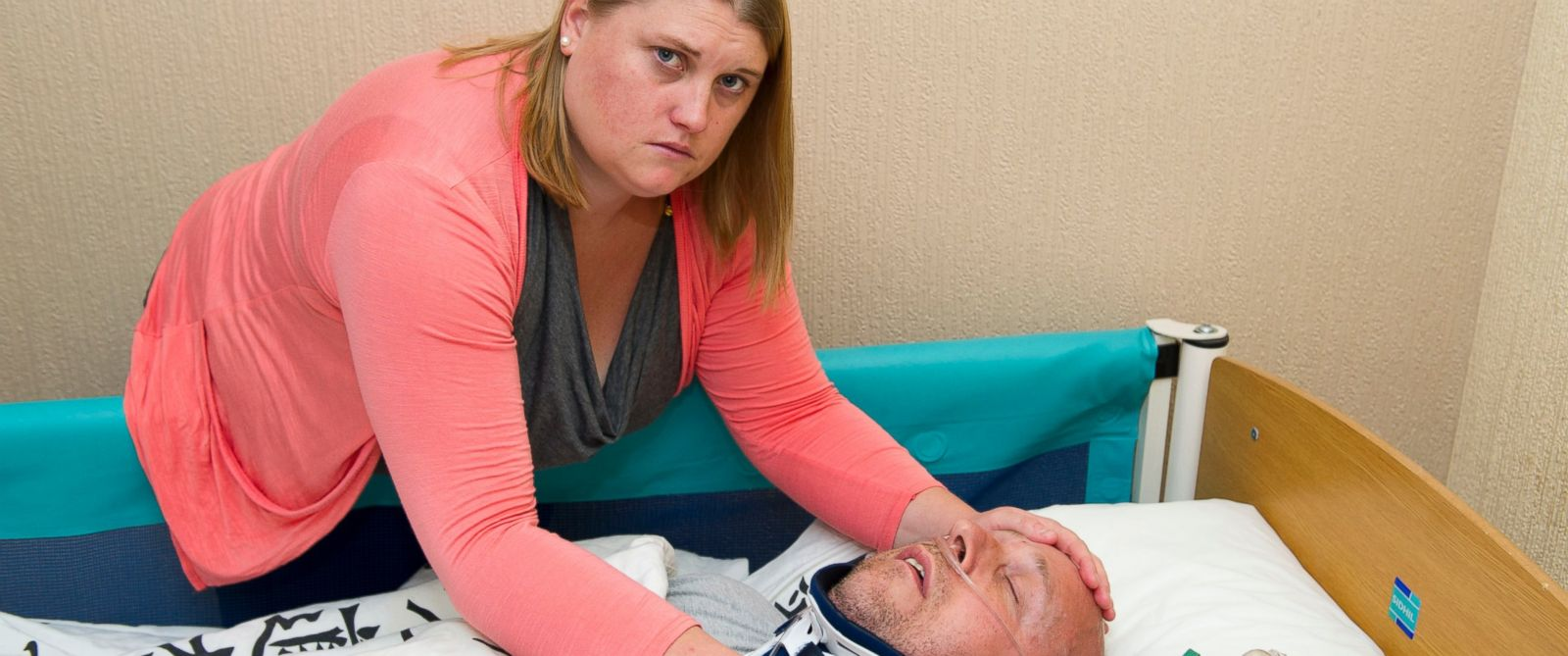 PHOTO: Helen Knight helped her husband, Alan, pretend he was in a vegetative state to scam his next door neighbor out of £40,000.