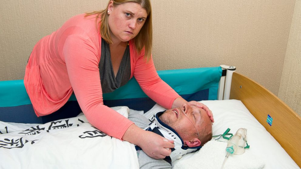 PHOTO: Helen Knight helped her husband, Alan, pretend he was in a vegetative state to scam his next do