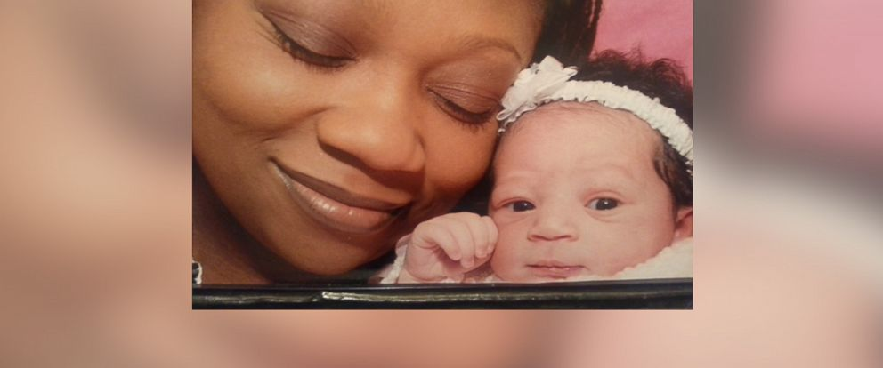 PHOTO: Cynthia Williams is suing for wrongful birth after a failed tubal ligation. Her daughter, Kennadi, has sickle cell disease.