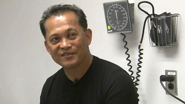 PHOTO: Dr. Vic Oyas, a pediatrician in Lake Havasu City, Ariz., had a hemifacial spasm caused by pressure on a nerve.