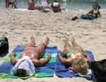 VIDEO: Consumer Reports ranks effectiveness of sunscreen brands.