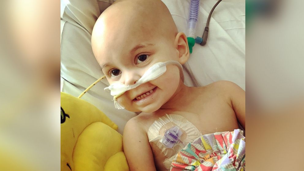 Woman writes tribute to nurses caring for her 2-year-old with cancer
